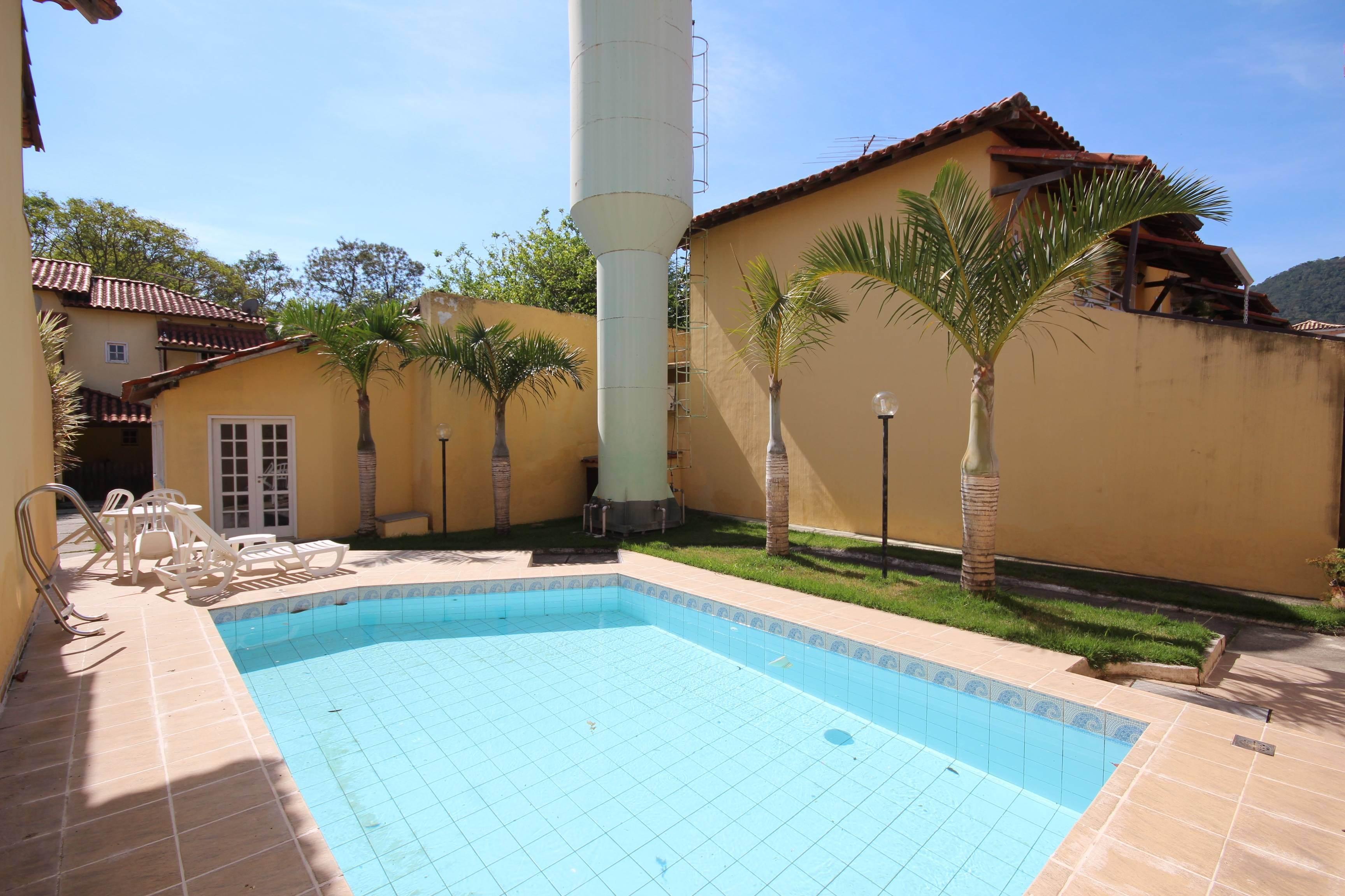 Casa Duplex com 2 suítes, em Itaipu