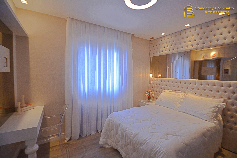Apartamento finamente mobilado e decorado em Meia Praia