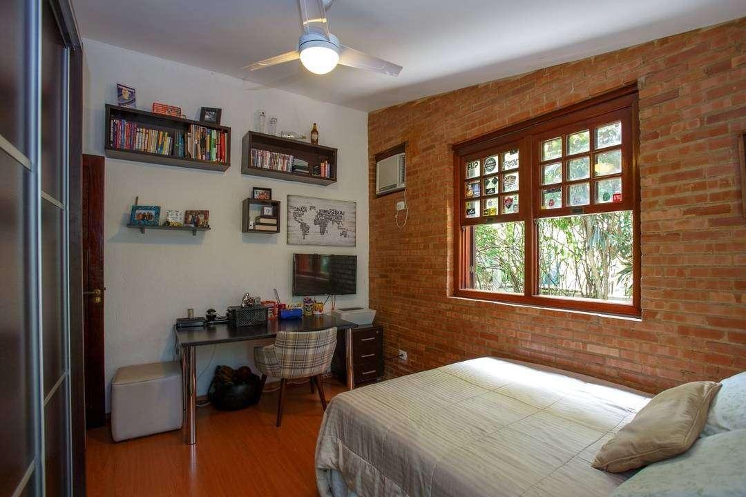 Casa linda! 4 suítes no Ubá Itaipu
