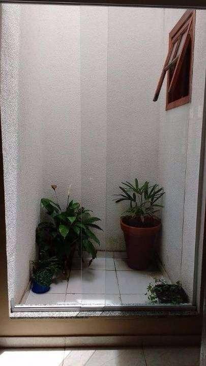 casa linear 3 quartos 2 suítes 3 vagas