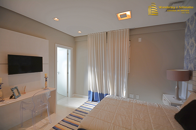 Apartamento 3 suítes mobiliado com 4 vagas em Meia Praia